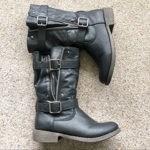Diba Boots with Buckled and Zipper Details Size 7